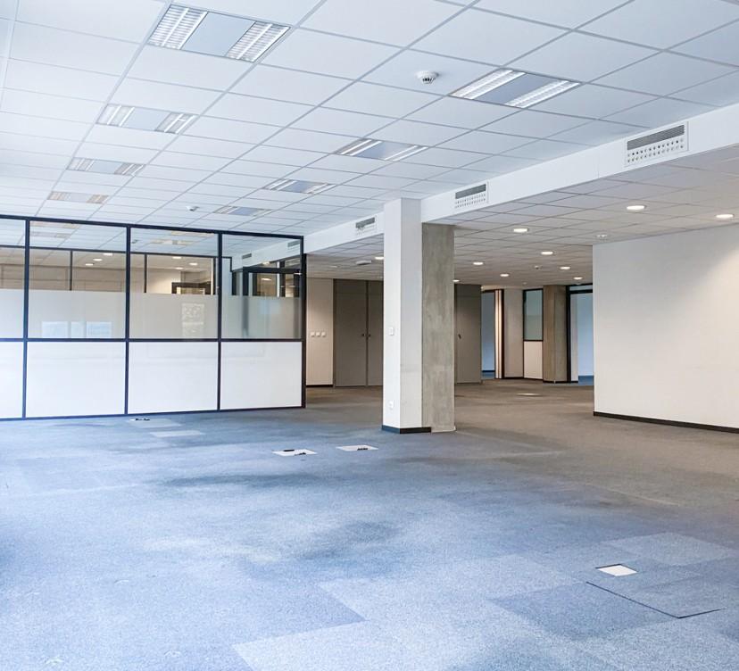 Bureaux d\'environ 217 m2 au 1 er étage - Centre-ville de NyonOffices of approximately 217 m2 on the 1st floor - Nyon city center