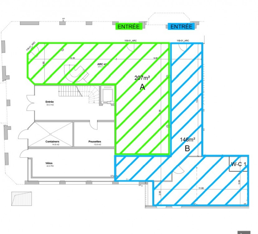 Arcade d\'environ 146m2 en rez de chaussée avec dépôt de 76m2Arcade of approximately 146m2 on the ground floor with deposit of 76m2