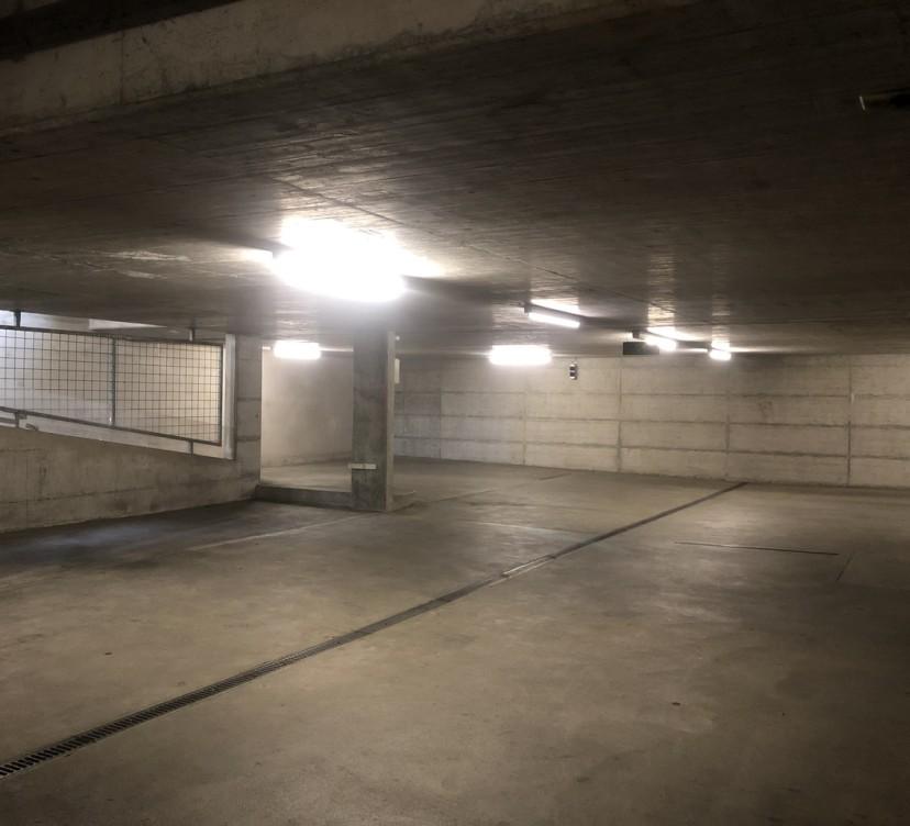Emplacement de parking au sous-sol