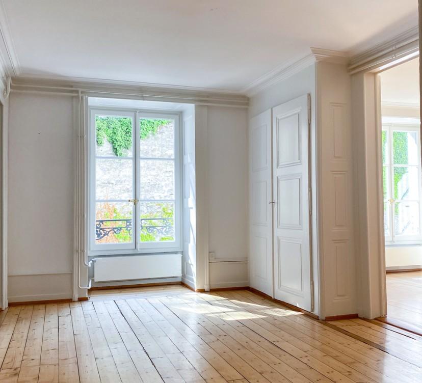 Bureaux d\'environ 154 m2 au 1er étageOffices of approx 154 m2 on the 1st floor