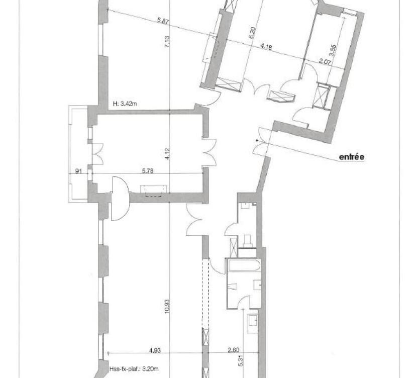A LOUER - Locaux commerciaux d\'env. 207 m2 au 2ème étageFOR RENT - Commercial premises of approx. 207 m2 on the 2nd floor