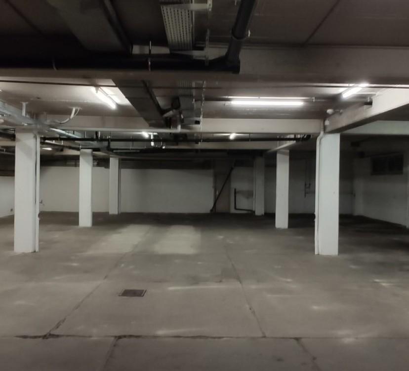 Dépôt de stockage sous-sol
