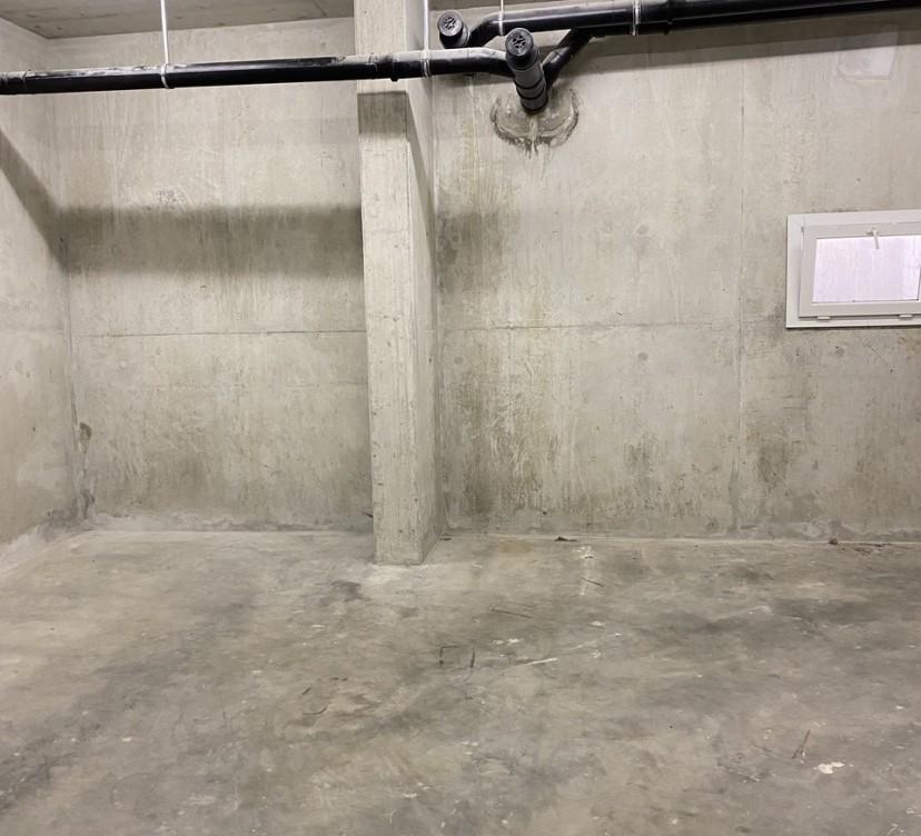 Dépôt au 1er sous-sol - Env. 32.00 m2Storage in the basement - Approx. 32.00 sqm
