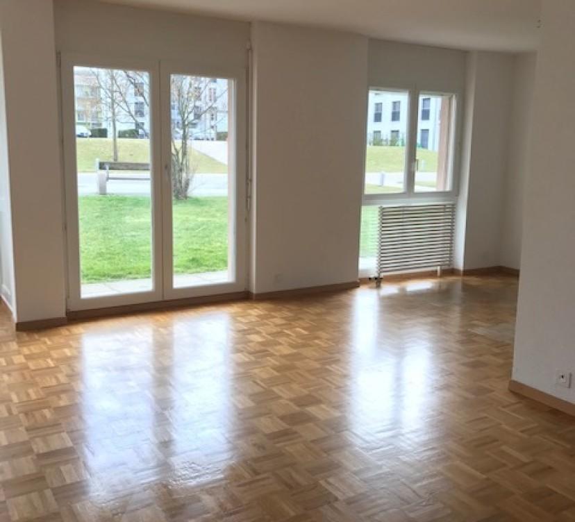 Appartement 3.5 pièces rez avec terrasse