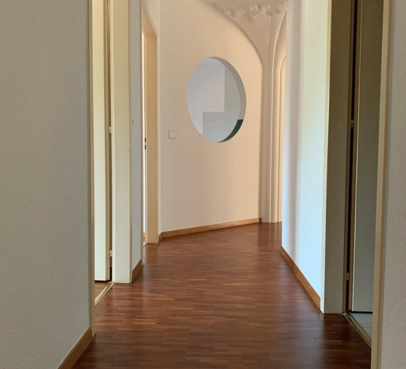 Appartement 5 pièces au 3ème étage - env. 109 m2