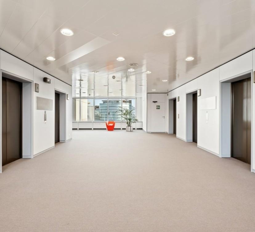 Bureaux d\'env 159 m2 au 2ème etage - dans un immeuble de standingOffices of approx 159 m2 on the 2nd floor - in a luxury building