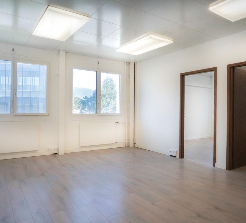 Bureaux d\'env. 63 m2 au 1er étageOffices of approx. 63 m2 on the 1st floor