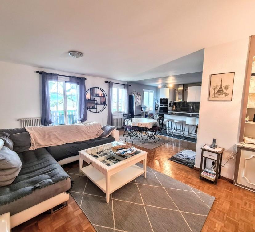 Appartement de 6 pièces avec balconsEn exclusivité